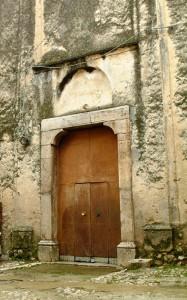 Il portale d'entrata della chiesa di San Giovanni (Foto di Emanuele Catone)